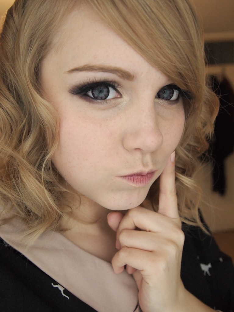 Winter Gyaru Makeup